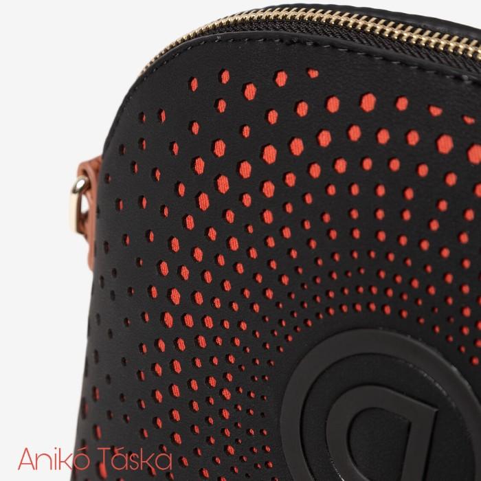 Desigual női táska kis íves koktél táska fekete