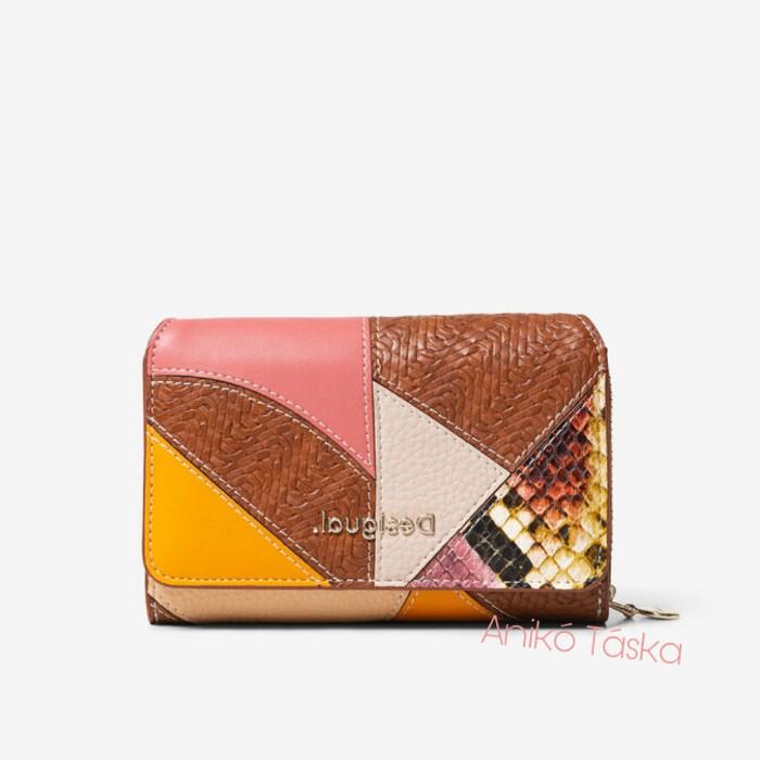Desigual pénztárca két oldalra nyíló patchwork mintás barna