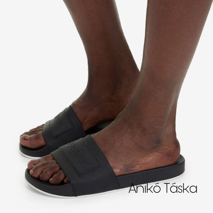 Desigual női papucs fekete 40