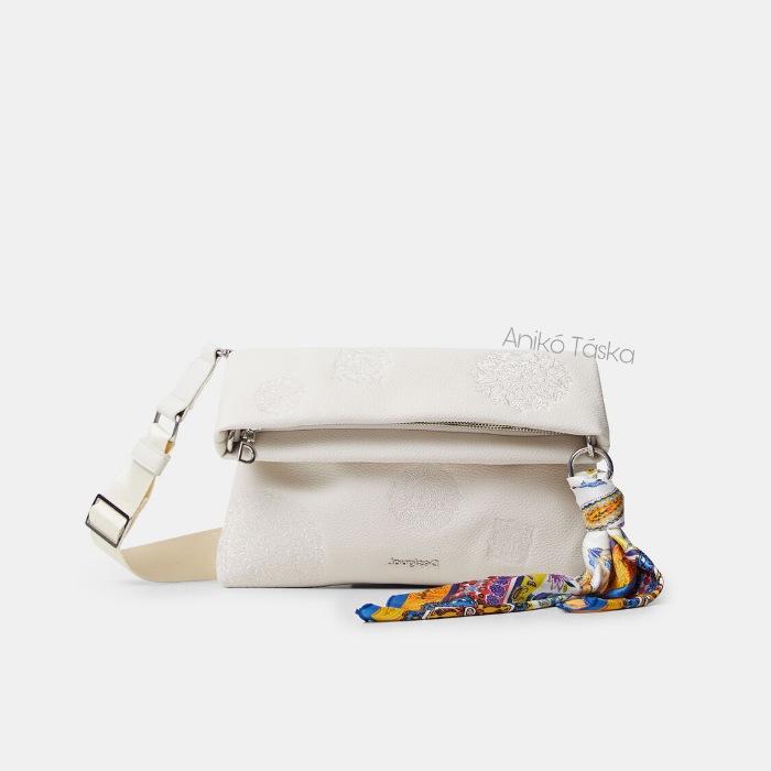 Új Desigual női táska lehajtható átvetős fazon bézs