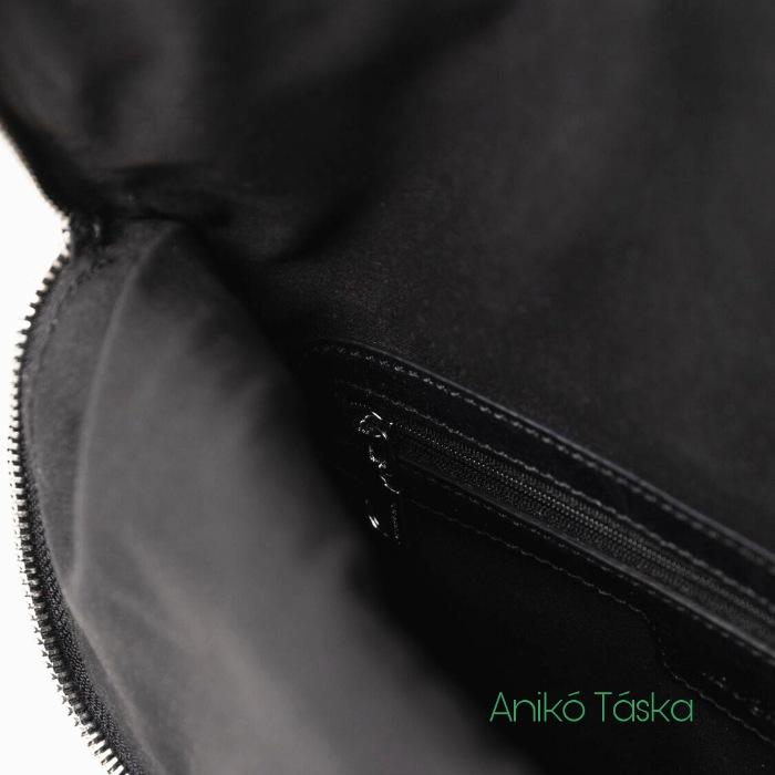 Új Desigual szögletes A4-es hátizsák klasszikus színes híméssel