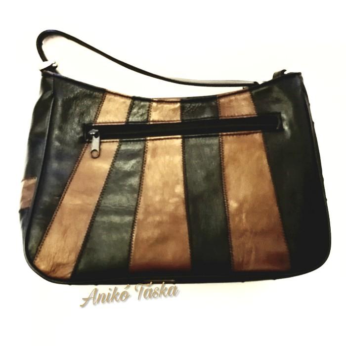 Bőr női táska állítható vállpánttal fekete sötétbarna